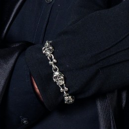 Armband skulls zilver